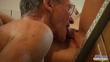milani removing vedio bikini denise Hot bet couple