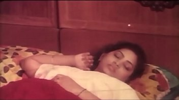 desi aunty punjabi Wife gets whipped while sucking