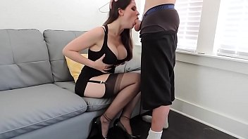 model siera cam Sexy maid cleans his pipe