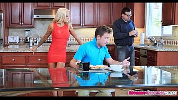 bf blowing joins in but stepmom stepdaughter catches Drug mdma sissy3