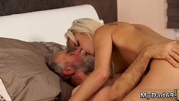 barazil nxxx sex Sandy in the shower