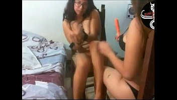 cam4 chicohot72u8 trasmi tiendo Homemade girlfriend tattoo glasses