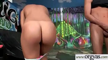 mae bh mg Asian naked twerk soloo