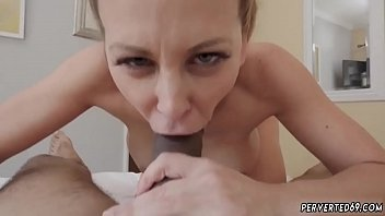 hot mom jerk Oral on shemale