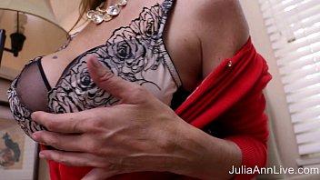 ann julia boy Andrea negra de bzios rj tem treis tatuajem atrasando