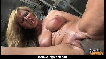 natural mom big tits Ferro network hd 720 lingerie
