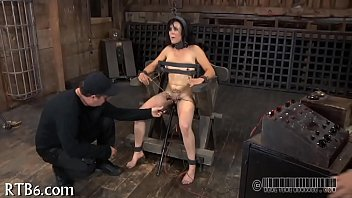 twink 15 tear Really mean bbw raven giving a tugjob