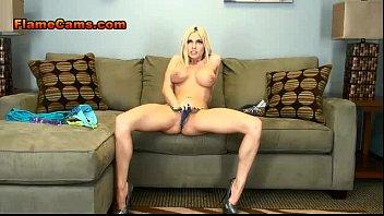 and blonde masturbate young strip webcam homemade Quiere ver mi pene