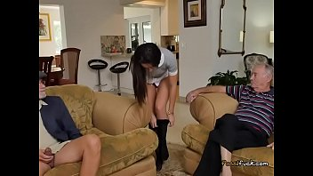 fat tranny10 booty Fake agent beautiful brunette