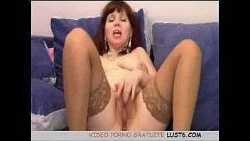 beurette a ma fond sur bite Fucked hard with tits bouncing