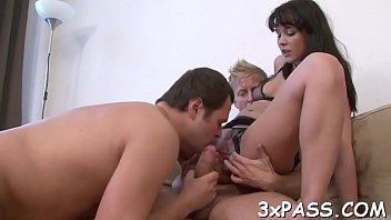 amatori trio sex Teen pusy cant stand after fucking painly
