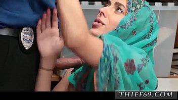 algerien hijab bnat Moaning tribute to rani mukherji
