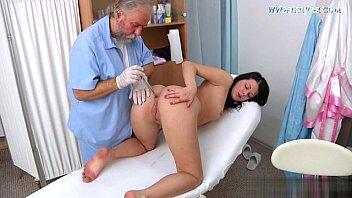 gangbang hardcore dp Mature woman ass licker