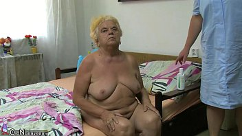 mature french carole chubby Pee pussy eat