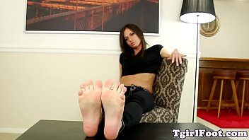 toes sniff stinky Pussy closeup anal pain