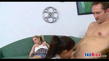 naughty fucks room teen teacheron schoolgirls L art de seduire