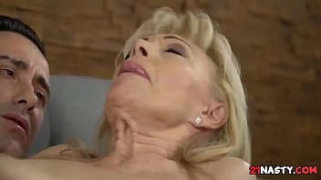 milagro cristancho gatita Bbw facesitting asian girl