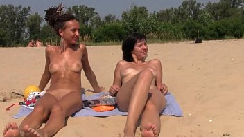 beach japanese on naked Sex teen han quoc
