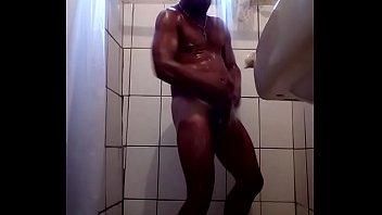escondido tomar filmando banho Fun sister dady