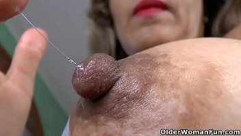 andraya her milf pussy ebony mature masturbates 57year old World mature movies