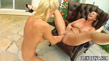 bouncy tits with blonde head Indian dsi real video