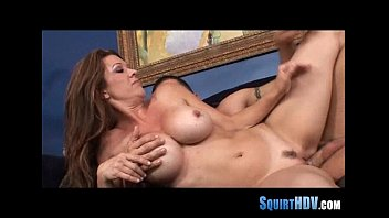 makes bother squirt Nighty mom anal