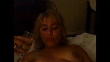 desvistiendose maduras seoras muy Annette is sexy