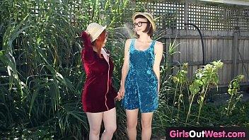 asshole fisting6 shoulder lesbian deep Lolitas virgins teens