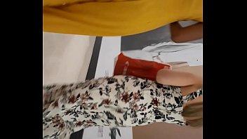 exhibicionista en transparente madurita mallas Touch real in marcet