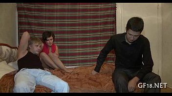and cock sits face throat guy forces her girls on down his Elle suce devant voyeur