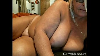 mature in mother masturbation law6 Sister seduce with breast