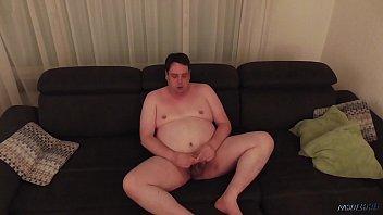 j0 ez zq Biggest penis ever seen