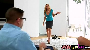 casting couch 31 cuties Moms feet massage