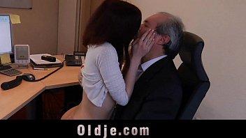 old sex indian boss bhavhi force Wwwdownload sex videocom