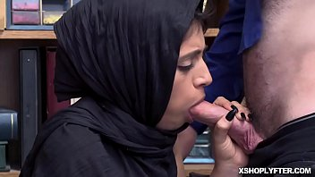 guy shemale deep her balls goes on Hood granny swallows every drop4