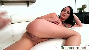 de ponco nina Little sister make a beautiful blowjob