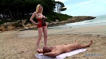 beach blonde bikiny7 car Videos porno en chamula video hot
