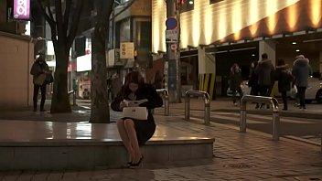 2013 18 korean Panty stoking upskirt tease