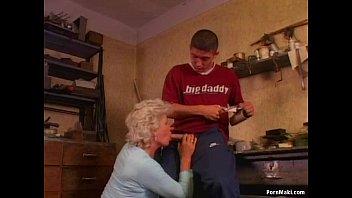 anal bbw grandma Il l encule dans la cuisine