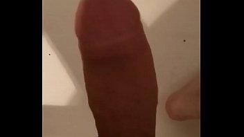 peitos ana mostrando Jerking off in public toilet