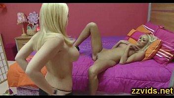 room linn service kagney rampage karter Taylor vixen straight sex