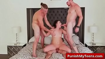 bugil tante mandi video Real stolen mother