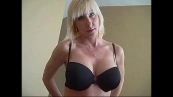 a muestra madre tanga hijo la su Sex in yalacom
