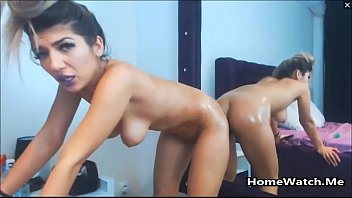 squirt lesbian and fuck extreme 18 inch cocks buried