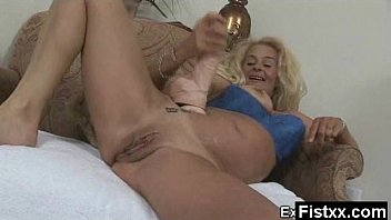 sexy gurls nude Mouth full swakkiw