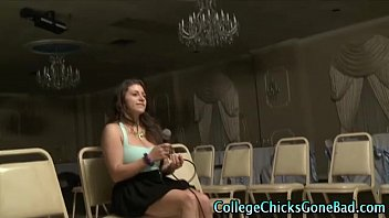 caughtnaked amateur college teen Pissing mom cry disgusted
