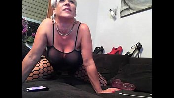 at home cams voyeur girls 08 Babysitter giving handjob