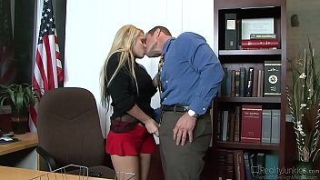 lady ivy in mask buxom madison Real mother daughter porn audition6