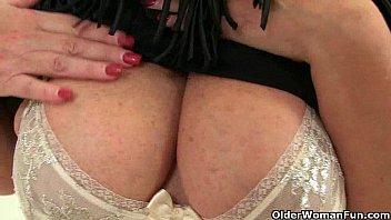 pussy mature insertion Sexo en motel