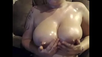 masturbates girl horse Sexi skrivena kamera
